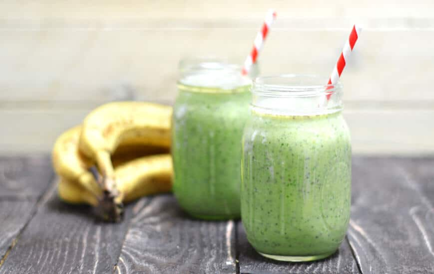 probiotic-green-breakfast-smoothie-feature